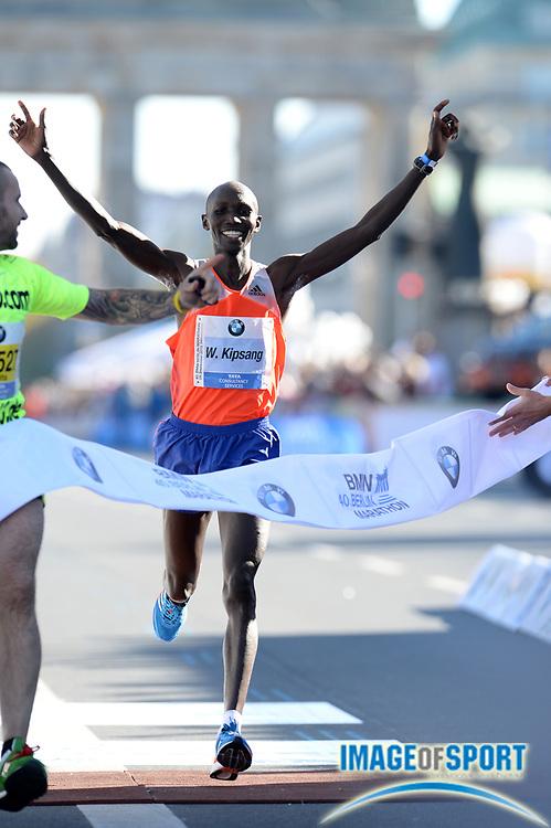 Sep 29, 2013; Berlin, GERMANY; Wilson Kipsang (KEN) wins the Berlin Marathon in a world best 2:03:23. Photo by Jiro Mochizuki