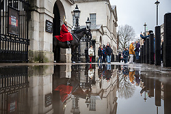 © Licensed to London News Pictures. 17/12/2019. London, UK. Wet weather in Horse Guards Parade, London this morning. Photo credit : Tom Nicholson/LNP