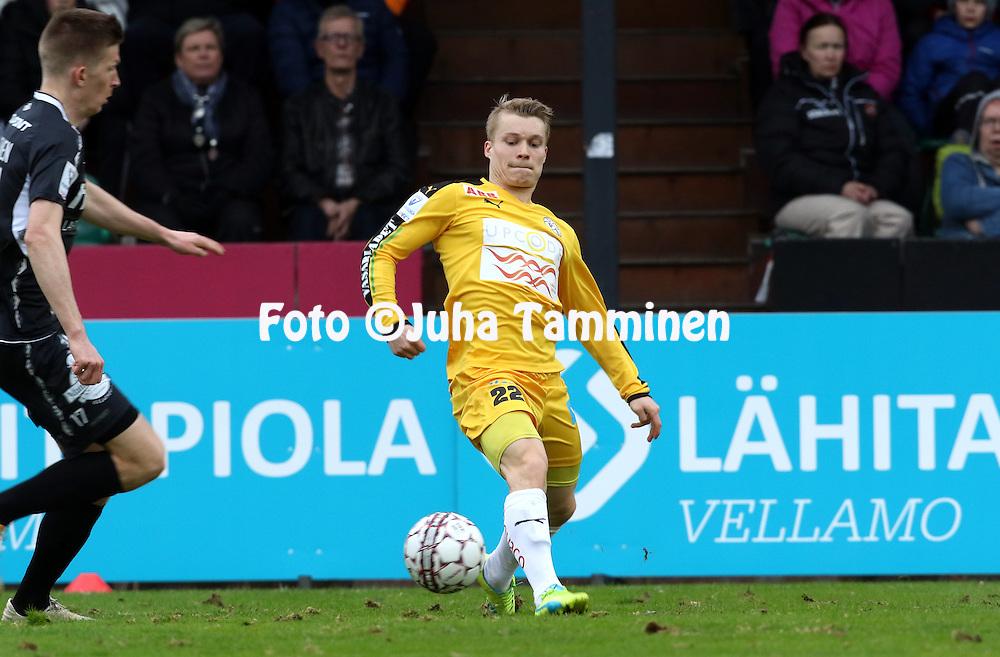 28.4.2016, Kisapuisto, Lahti.<br /> Veikkausliiga 2016.<br /> FC Lahti - Vaasan Palloseura<br /> Loorents Hertsi - VPS