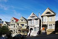 Lyon Street, San Francisco. La maison qui appartint &agrave; Janis Joplin jusqu'&agrave; sa mort en 1970.(la maison grise)<br /> <br /> Lyon Street, San Francisco. The house that belonged to Janis Joplin until his death in 1970. (The grey House)