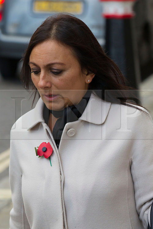 © Licensed to London News Pictures. 29/10/2013. London, UK. Cheryl Carter, former personal assistant to Rebekah Brooks at News International, arrives at the Old Bailey in London today (29/10/2013) where they face charges related to phone hacking during their time at the paper. Photo credit: Matt Cetti-Roberts/LNP