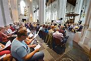 Nederland, Nijmegen, 16-7-2017Traditioneel wordt op zondagmorgen voorafgaand aan de vierdaagse in de geest en de traditie van haar grondlegger, wijlen pastor Willehad Kocks, O.Carm een speciale mis gehouden in de Stevenskerk, de vierdaagsemis, 4daagsemis.Foto: Flip Franssen