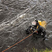 Search for 15 year old Kathleen Harkin…..10.10.16<br />Police Scotland, Scottish Fire and Rescue and Tayside Mountain Rescue Team searching the River Tay in Perth for missing Murthly teenager Kathleen Harkin…Police divers searching the area near to Woody Island<br />Picture by Graeme Hart.<br />Copyright Perthshire Picture Agency<br />Tel: 01738 623350  Mobile: 07990 594431