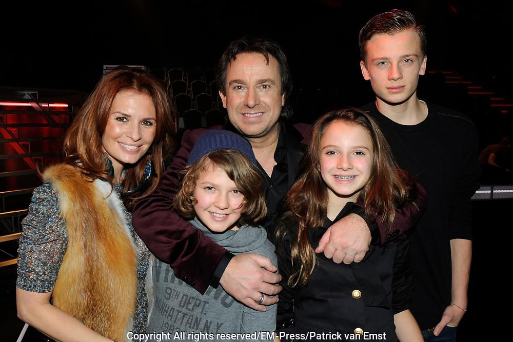 Finale van het vierde seizoen The Voice of Holland.<br /> <br /> Op de foto:  Marco en Leontine Borsato met hun kinderen Luca , Senna en Jada