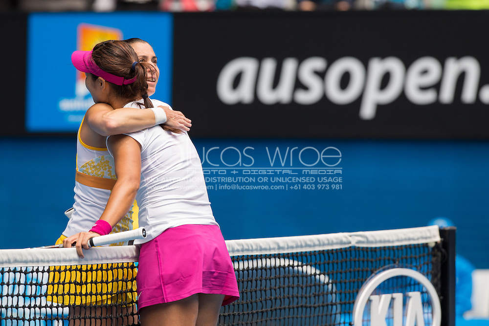 Flavia Pennetta (ITA) and Na Li (CHN), January 21, 2014 - Tennis : Australian Open Championship. Melbourne Park, Melbourne, Victoria, Australia. Credit: Lucas Wroe