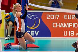 05-04-2017 NED:  CEV U18 Europees Kampioenschap vrouwen dag 4, Arnhem<br /> Nederland - Turkije 3-1 / Nederland doet zeer goede zaken en kan zich met winst op Italië zeker stellen van een halve finaleplaats - Hester Jasper #6