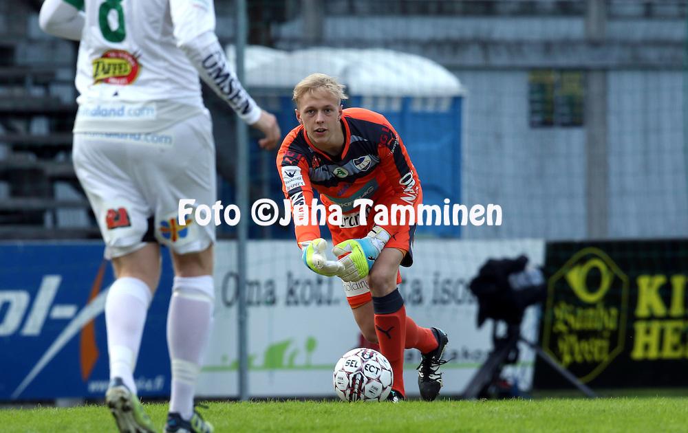 29.4.2016, Tammelan stadion, Tampere.<br /> Veikkausliiga 2016.<br /> Ilves - IFK Mariehamn.<br /> Walter Viitala - IFK Mhamn