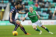Dylan McGeouch (#10) of Hibernian plays a short pass during the Ladbrokes Scottish Premiership match between Hibernian and Ross County at Easter Road, Edinburgh, Scotland on 23 December 2017. Photo by Craig Doyle.
