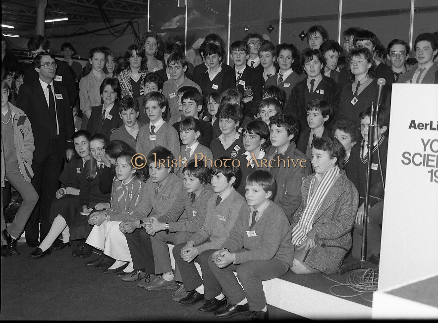 Aer Lingus Young Scientist Exhibition..1986..10.01.1986..01.10.1986..10th January 1986..The annual Aer Lingus,sponsored,Young Scientists Exhibition was held at the RDS,Ballsbridge,Dublin.The Overall winners of the competition were Ms Breda Maguire and Ms Niamh Mulvany..They are students at The Rosary College,Raheny,Dublin. The Tanaiste, Mr Dick Spring TD was on hand to present the awards...Image shows a group of award winners at The Young Scientist Exhibition. The picture shows the age range of the contestants.
