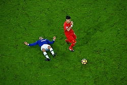 LIVERPOOL, ENGLAND - Monday, December 19, 2016: Liverpool's Roberto Firmino in action against Everton's Aaron Lennon during the FA Premier League match, the 227th Merseyside Derby, at Goodison Park. (Pic by Gavin Trafford/Propaganda)