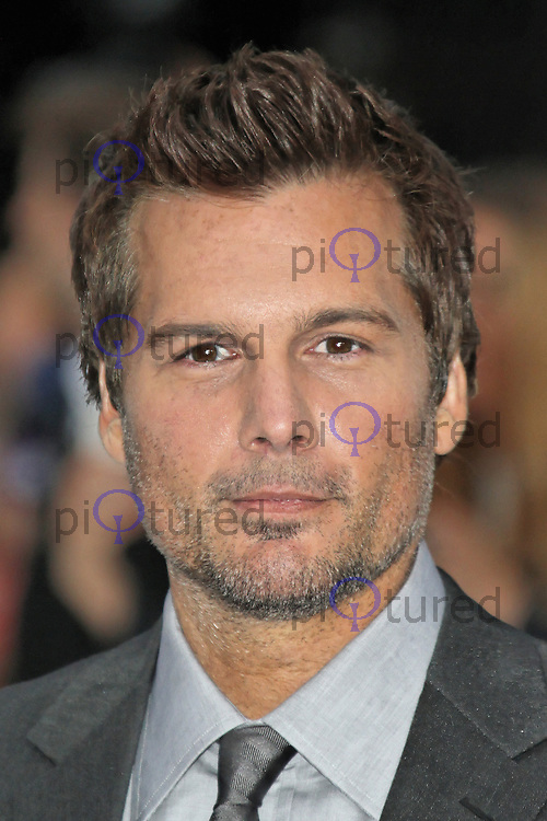 LONDON - AUGUST 16: Len Wiseman attended the UK Film Premiere of 'Total Recall', Vue Cinema, Leicester Square, London, UK. August 16, 2012. (Photo by Richard Goldschmidt)