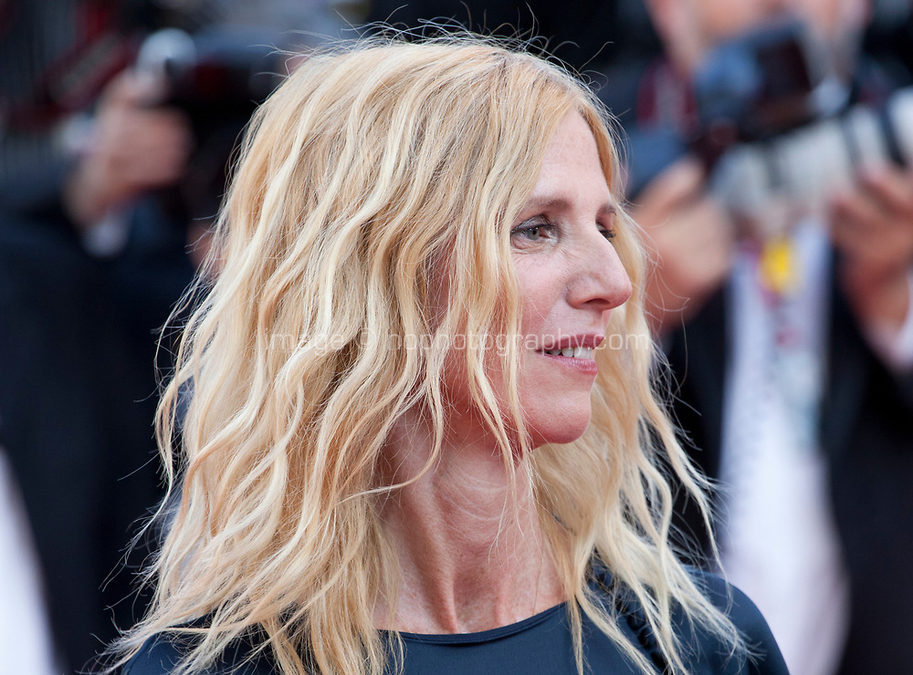 President of the Camera d'Or jury Sandrine Kiberlain arriving to the Closing Ceremony and awards at the 70th Cannes Film Festival Sunday 28th May 2017, Cannes, France. Photo credit: Doreen Kennedy
