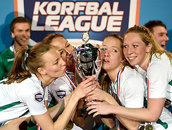 11-04-2015 NED: PKC SWKgroep - TOP Quoratio, Rotterdam<br /> Korfbal Leaguefinale in een volgepakt Ahoy / <br /> Mabel Havelaar, Mady Tims, Suzanne Struik, Lara Boonstoppel.