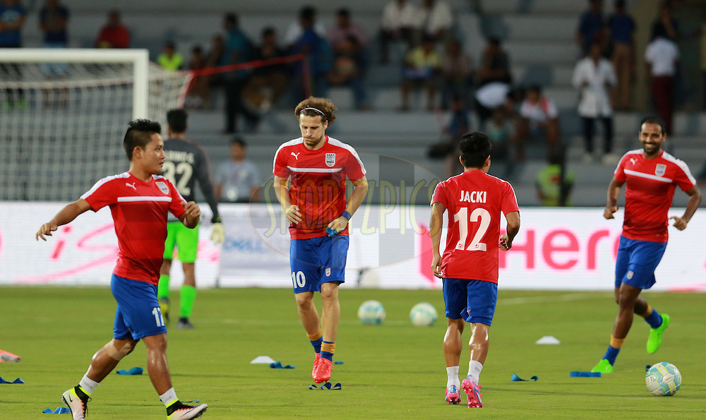 Mumbai City FC players warm up before the start of the match 7 of the Indian Super League (ISL) season 3 between Mumbai City FC and NorthEast United FC held at the Mumbai Football Arena in Mumbai, India on the 7th October 2016.<br /> <br /> Photo by Vipin Pawar / ISL/ SPORTZPICS