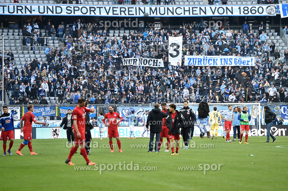 20.03.2016, Allianz Arena, Muenchen, GER, 2. FBL, TSV 1860 Muenchen vs DSC Arminia Bielefeld, 27. Runde, im Bild Schlussszene, Fans des TSV 1860 Muenchen mit Spruchband // during the 2nd German Bundesliga 27th round match between TSV 1860 Muenchen vs DSC Arminia Bielefeld at the Allianz Arena in Muenchen, Germany on 2016/03/20. EXPA Pictures &copy; 2016, PhotoCredit: EXPA/ Eibner-Pressefoto/ Buthmann<br /> <br /> *****ATTENTION - OUT of GER*****