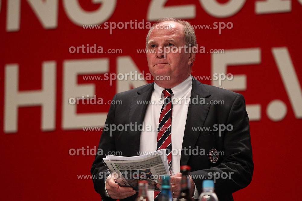 30.11.2010, Olympiahalle, Muenchen, GER, 1.FBL, Jahreshauptversammlung FC Bayern, im Bild Uli Hoeneß (Präsident Bayern)  , EXPA Pictures © 2010, PhotoCredit: EXPA/ nph/  Straubmeier       ****** out ouf GER ******