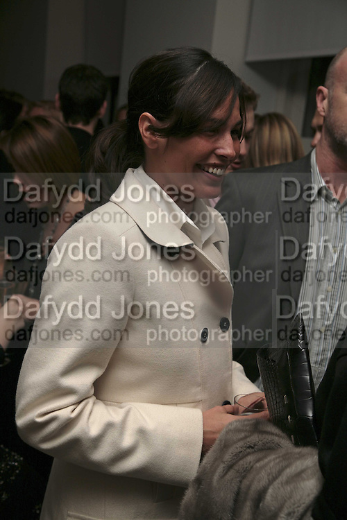 Ines Sastre, India Hicks And Crabtree & Evelyn launch new skincare range. : Hempel Hotel, 31-35 Craven Hill Gardens, London, W2, 22 November 2006. ONE TIME USE ONLY - DO NOT ARCHIVE  © Copyright Photograph by Dafydd Jones 66 Stockwell Park Rd. London SW9 0DA Tel 020 7733 0108 www.dafjones.com