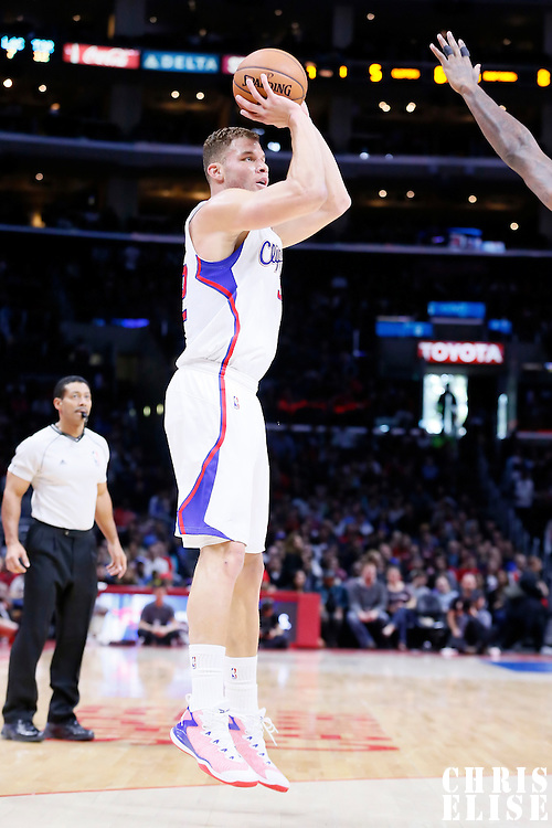 27 December 2014: Los Angeles Clippers forward Blake Griffin (32) takes a jump shot  during the Toronto Raptors 110-98 victory over the Los Angeles Clippers, at the Staples Center, Los Angeles, California, USA.