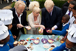 © under license to London News Pictures.  19/05/2011. LONDON, UK. Photocall for The Big Lunch. L to R Chef Antony Worrall Thompson, London Mayor Boris Johnson and  Barbara Windsor call on Londoners to catch the street party fever. The Big Lunch is an annual one-day get together where neighbours and local communities share lunch and enjoy a street party. Last year, 800,000 people took part across the UK, over 160,000 of which were in London. Photo credit should read Bettina Strenske/LNP
