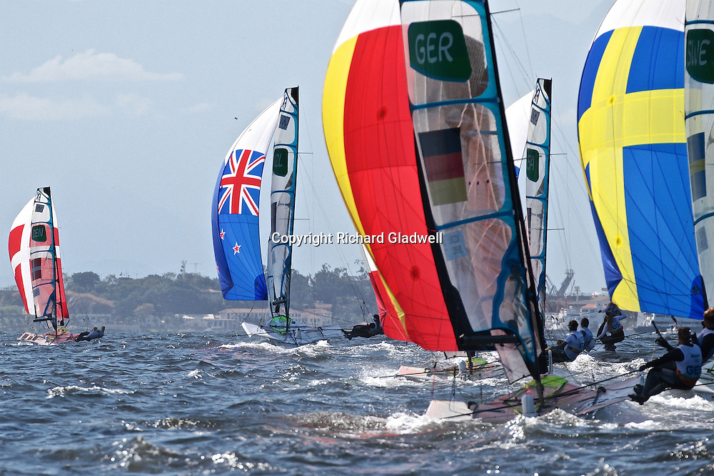 49erFX Alex Maloney and Molly Meech holding 4th place in Race 4 - 2016 Olympics.<br /> Rio 2016 Olympics, Rio de Janero, Brazil. Olympic Sailing Day 6, 13 August 2016.<br /> Photo credit: Richard Gladwell / www.photosport.nz