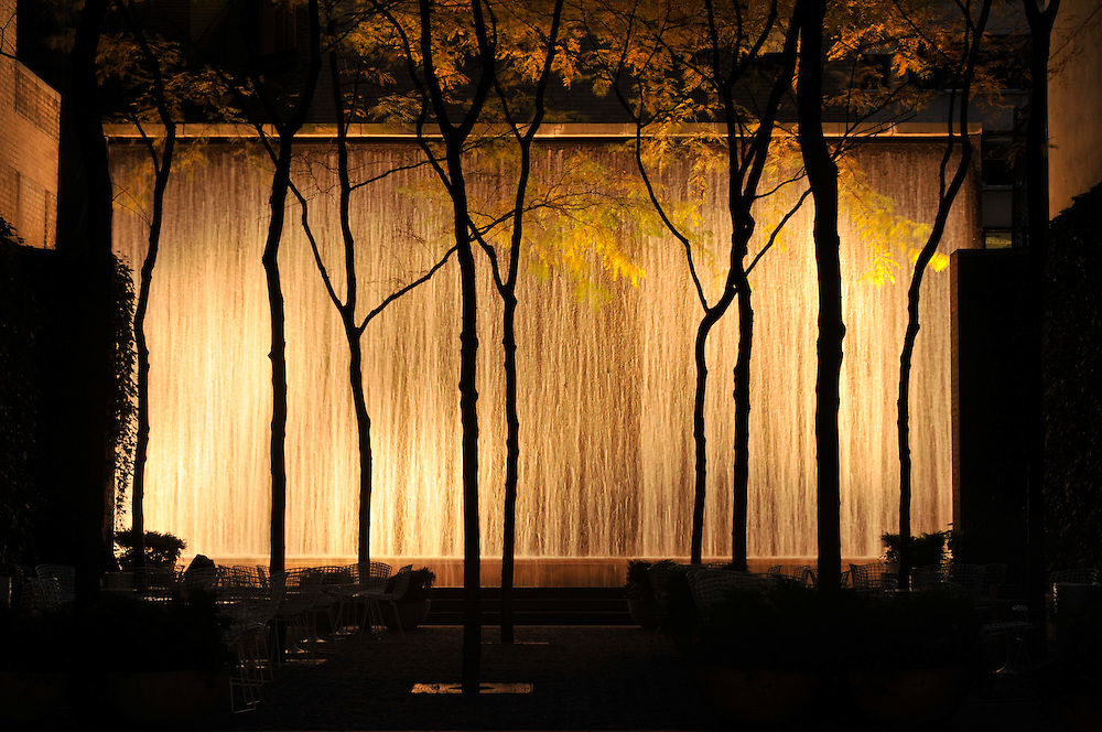 Waterfall, Paley Park, Evening, 53rd Street between Madison and Fifth Avenue, Manhattan, New York City, New York, USA, Designed by Zion & Breen