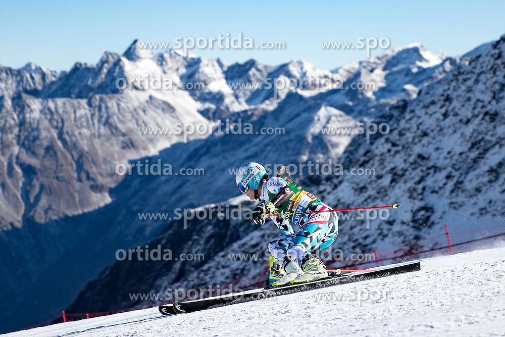 22.10.2016, Rettenbachferner, Soelden, AUT, FIS Weltcup Ski Alpin, Soelden, Riesenslalom, Damen, 1. Durchgang, im Bild Carmen Thalmann (AUT) // Carmen Thalmann of Austria in action during 1st run of ladies Giant Slalom of the FIS Ski Alpine Worldcup opening at the Rettenbachferner in Soelden, Austria on 2016/10/22. EXPA Pictures © 2016, PhotoCredit: EXPA/ Johann Groder