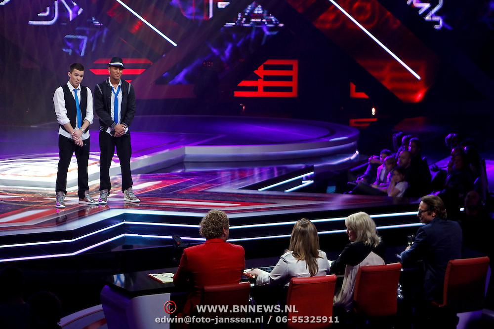 NLD/Hilversum/20100409 - 1e Live uitzending X-Factor 2010, BadBoyz, Boy Luntungan en Jaimy Trommelen voor de jury