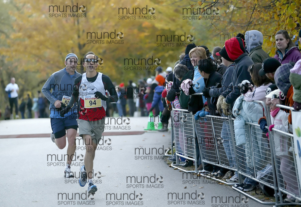 "(Toronto, Ontario -- 17 Oct 2009) ALAIN LAI competing in the 2009 OASIS Zoo Run 10K run and Athletics Canada national 10 km road racing championship at the Toronto Zoo. [Photo credit should read ""Sean Burges / Mundo Sport Images""]"