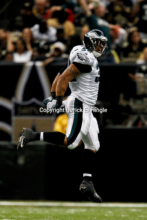 November 5, 2012; New Orleans, LA, USA; Philadelphia Eagles running back Chris Polk (32) against the New Orleans Saints during the second half of a game at the Mercedes-Benz Superdome. The Saints defeated the Easgles 28-13. Mandatory Credit: Derick E. Hingle-US PRESSWIRE