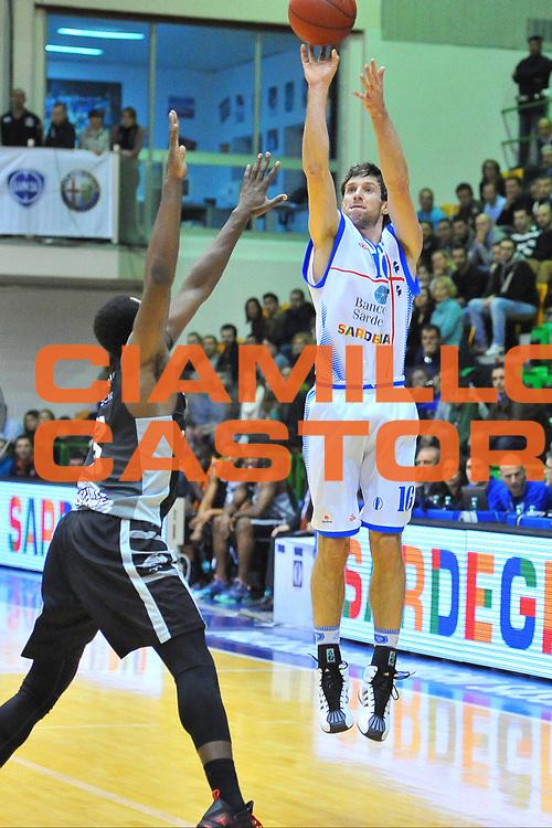 DESCRIZIONE : Eurocup 2013/14 Gr. J Dinamo Banco di Sardegna Sassari -  BCM Gravelines Dunkerque<br /> GIOCATORE : Drake Diener<br /> CATEGORIA : Tiro Tre Punti<br /> SQUADRA : Dinamo Banco di Sardegna Sassari<br /> EVENTO : Eurocup 2013/2014<br /> GARA : Dinamo Banco di Sardegna Sassari -  BCM Gravelines Dunkerque<br /> DATA : 22/01/2014<br /> SPORT : Pallacanestro <br /> AUTORE : Agenzia Ciamillo-Castoria / Luigi Canu<br /> Galleria : Eurocup 2013/2014<br /> Fotonotizia : Eurocup 2013/14 Gr. J Dinamo Banco di Sardegna Sassari - BCM Gravelines Dunkerque<br /> Predefinita :