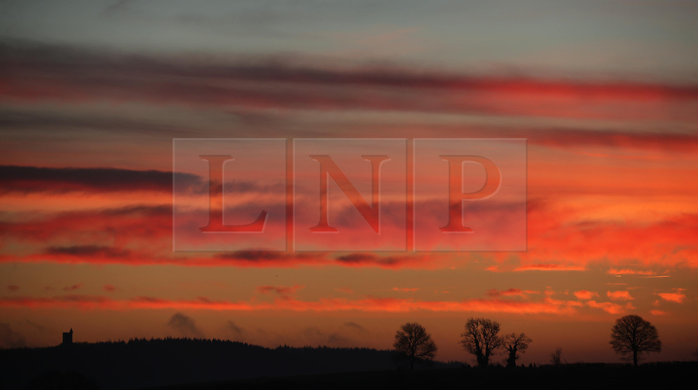 © London News Pictures. 21/01/2014. Bruton, UK. Sunrise over countryside near Bruton in Somerset on January 21, 2014. Photo credit: Jason Bryant/LNP