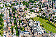Nederland, Noord-Holland, Amsterdam, 29-06-2018; Amsterdam-Zuid, Museumkwartier. Met aan het Museumplein Rijksmuseum, Van Goghmuseum, Stedelijk Museum.  Paulus Potterstraat.<br /> Museum quarter.<br /> View of the old town, w belt of canals.<br /> luchtfoto (toeslag op standard tarieven);<br /> aerial photo (additional fee required);<br /> copyright foto/photo Siebe Swart
