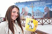 San Giovanni Rotondo 21 Giugno 2009, Visita Pastorale di Sua Santità Papa Benedetto  XVI , Italy San Giovanni Rotondo 21 06 2009, Visit of  Papa Benedetto  XVI in the foto una pellegrina