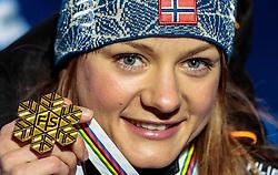 24.02.2017, Lahti, FIN, FIS Weltmeisterschaften Ski Nordisch, Lahti 2017, Damen Langlauf, 5km Sprint, Medaillen Zeremonie, im Bild Goldmedaillengewinnerin Maiken Caspersen Falla (NOR) // Gold Medalist Maiken Caspersen Falla (NOR) during the Medal Award Ceremony for the Ladies Cross Country Sprint competition of FIS Nordic Ski World Championships 2017. Lahti, Finland on 2017/02/24. EXPA Pictures © 2017, PhotoCredit: EXPA/ JFK