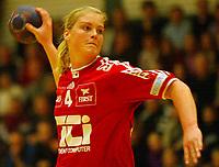 Håndball,  03. januar 2002. Gildeserien. Gjøvik og Vardal - Tertnes 25-21. Marianne Rokne, Tertnes. (Foto: Anders Hoven, Digitalsport)