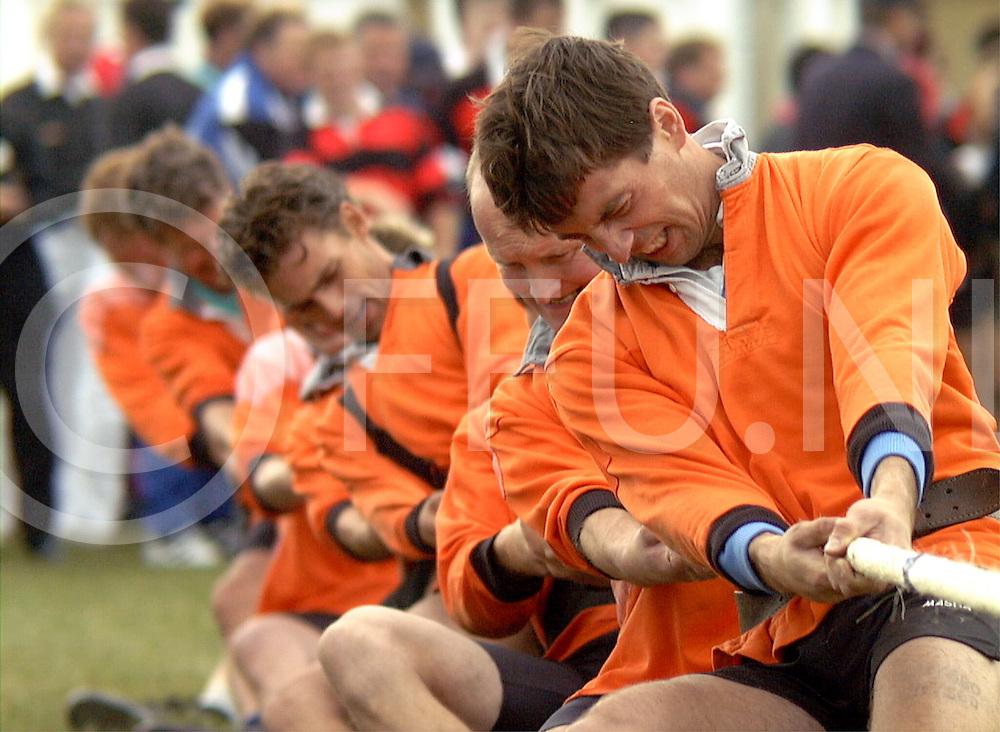 Fotografie Uijlenbroek©1999/Frank Brinkman.99-09-16 slagharen ned.ek touwtrekken eerste dag clubteams.560 kilo.zwaagdijk tegen Nottwil uit Zweden