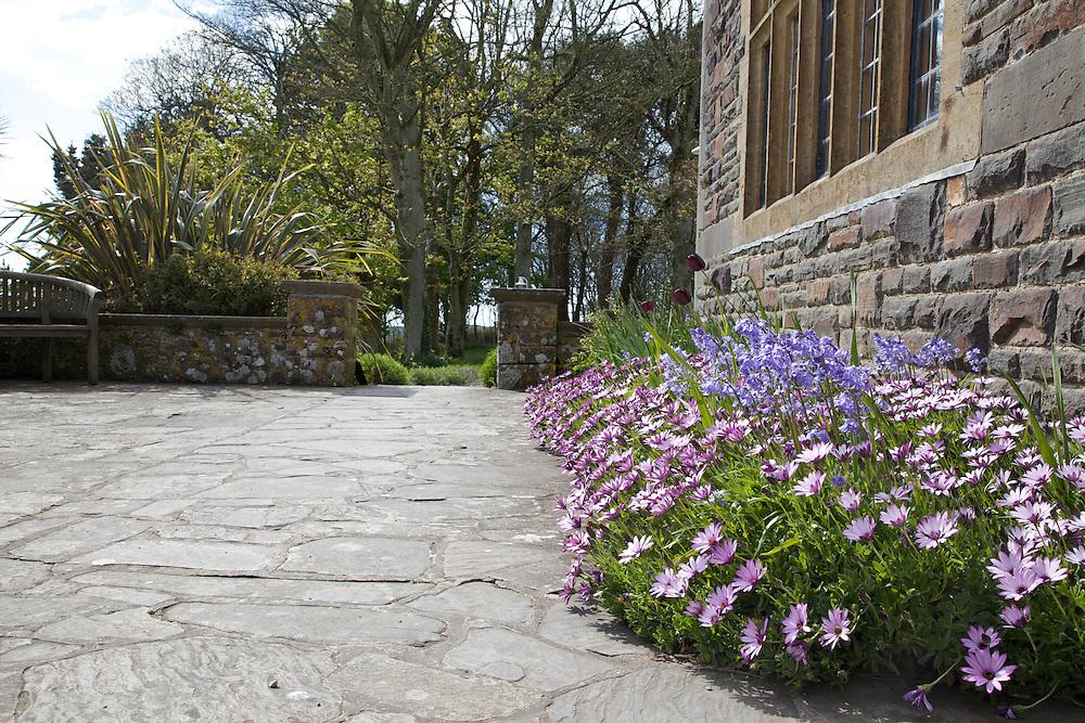 The terrace, Pickwell Manor, Georgeham, North Devon, UK. CREDIT: Vanessa Berberian for The Wall Street Journal<br /> HOUSESHARE