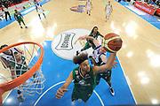 DESCRIZIONE : Torino Coppa Italia Final Eight 2012 Finale Montepaschi Siena Bennet Cantu <br /> GIOCATORE : Shaun Stonerook<br /> CATEGORIA : rimbalzo difesa special<br /> SQUADRA : Montepaschi Siena<br /> EVENTO : Suisse Gas Basket Coppa Italia Final Eight 2012<br /> GARA : Montepaschi Siena Bennet Cantu<br /> DATA : 19/02/2012<br /> SPORT : Pallacanestro<br /> AUTORE : Agenzia Ciamillo-Castoria/C.De Massis<br /> Galleria : Final Eight Coppa Italia 2012<br /> Fotonotizia : Torino Coppa Italia Final Eight 2012 Finale Montepaschi Siena Bennet Cantu<br /> Predefinita :