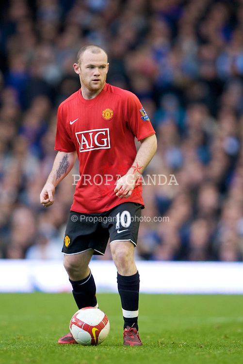 LIVERPOOL, ENGLAND - Saturday, October 25, 2008: Manchester United's Wayne Rooney in action against his former team Everton during the Premiership match at Goodison Park. (Photo by David Rawcliffe/Propaganda)