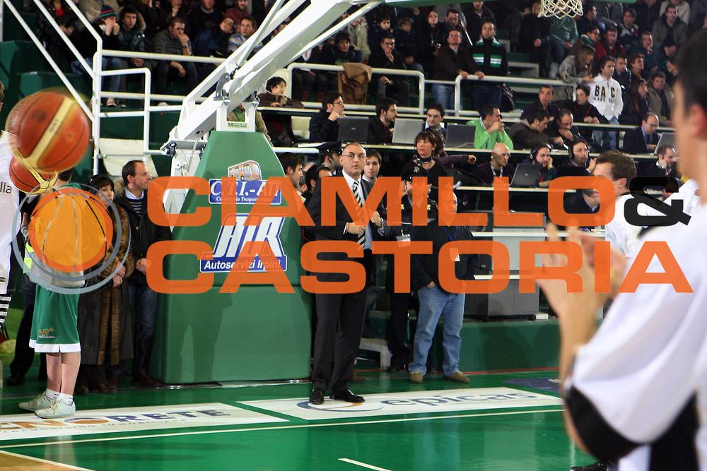 DESCRIZIONE : Avellino Lega A1 2008-09 Air Avellino La Fortezza Virtus Bologna<br /> GIOCATORE : Matteo Boniciolli<br /> SQUADRA : La Fortezza Virtus Bologna<br /> EVENTO : Campionato Lega A1 2008-2009 <br /> GARA : Air Avellino La Fortezza Virtus Bologna<br /> DATA : 28/02/2009<br /> CATEGORIA : ritratto<br /> SPORT : Pallacanestro <br /> AUTORE : Agenzia Ciamillo-Castoria/G.Ciamillo