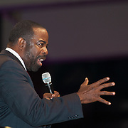 Keynote speaker Les Brown delivers a powerful speech for Isagenix's annual Celebration at the San Diego Convention Center. Event photography by Dallas event photographer William Morton of Morton Visuals.