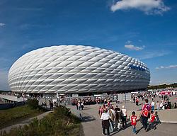 11.09.2010, Allianz Arena, München, GER, 1. FBL, FC Bayern München vs Werder Bremen, im Bild die Allianz Arena in München, Aussenansicht, EXPA Pictures © 2010, PhotoCredit: EXPA/ J. Feichter