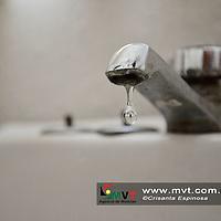 TOLUCA, MÈxico.- (Enero 03, 2018).- El ayuntamiento de Toluca anuncio el  recorte del suministro de agua en varias delegaciones, debido a trabajos en el sistema Cutzamala. Agencia MVT / Crisanta Espinosa.