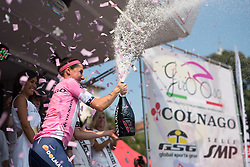 Megan Guarnier wins Giro Rosa 2016 after finishing comfortably in the main bunch on the final stage at the final stage of the Giro Rosa 2016 on 10th July 2016. A 104km road race starting and finishing in Verbania, Italy.