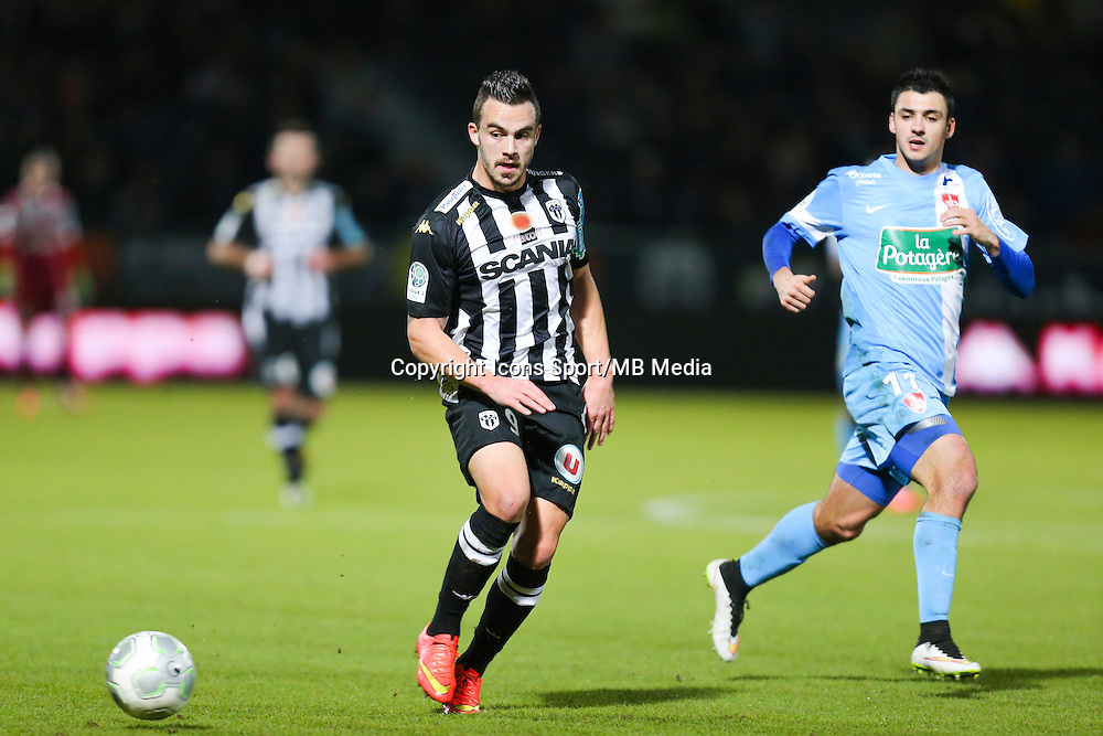 Sacha CLEMENCE  - 26.01.2015 - Angers / Brest - 21eme journee de Ligue 2 -<br /> Photo : Vincent Michel / Icon Sport