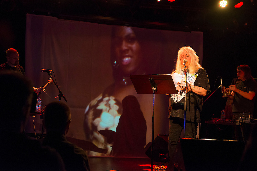 LES CHAMPS MAGNÉTIQUES : GENESIS BREYER P-ORRIDGE ET THEE MAJESTY au Cabaret du Mile End le Samedi 20 octobre 2012 avec Bryin Dall.Edley O'Dowd.Genesis Breyer P-Orridge.