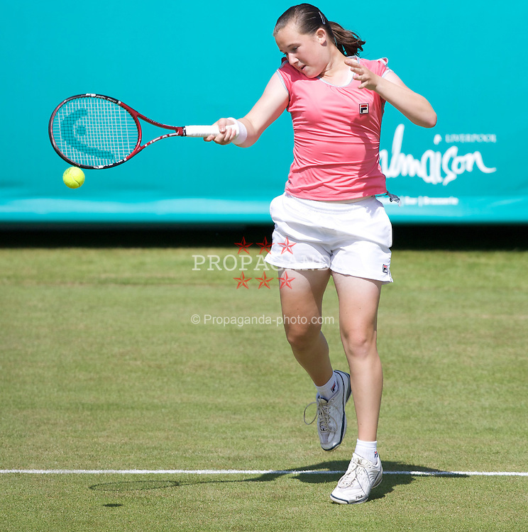 LIVERPOOL, ENGLAND - Tuesday, June 10, 2008: Chloe Murphy (GBR) in action during the opening day of the Tradition-ICAP Liverpool International Tennis Tournament at Calderstones Park. (Photo by David Rawcliffe/Propaganda)