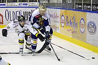GET-Ligaen ,<br /> Ishockey , <br /> 05.10.2010 , <br /> Sparta Amfi , <br /> Sparta v Stavanger ,<br /> Henrik Malmström i duell med Teemu Virtala , <br /> Foto: Thomas Andersen / Digitalsport