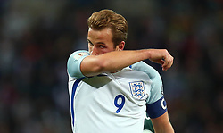 Harry Kane of England cuts a dejected figure - Mandatory by-line: Robbie Stephenson/JMP - 05/10/2017 - FOOTBALL - Wembley Stadium - London, United Kingdom - England v Slovenia - World Cup qualifier