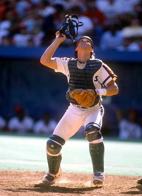 PITTSBURGH - 1989:  Craig Biggio of the Houston Astros catches during an MLB game versus the Pittsburgh Pirates at Three Rivers Stadium in Pittsburgh, Pennsylvania.  Biggio played for the Astros from 1988-2007.  (Photo by Ron Vesely)  Subject:  Craig Biggio